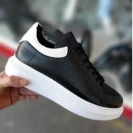 A.Mcqueen Platform Sneakers met Witte Details